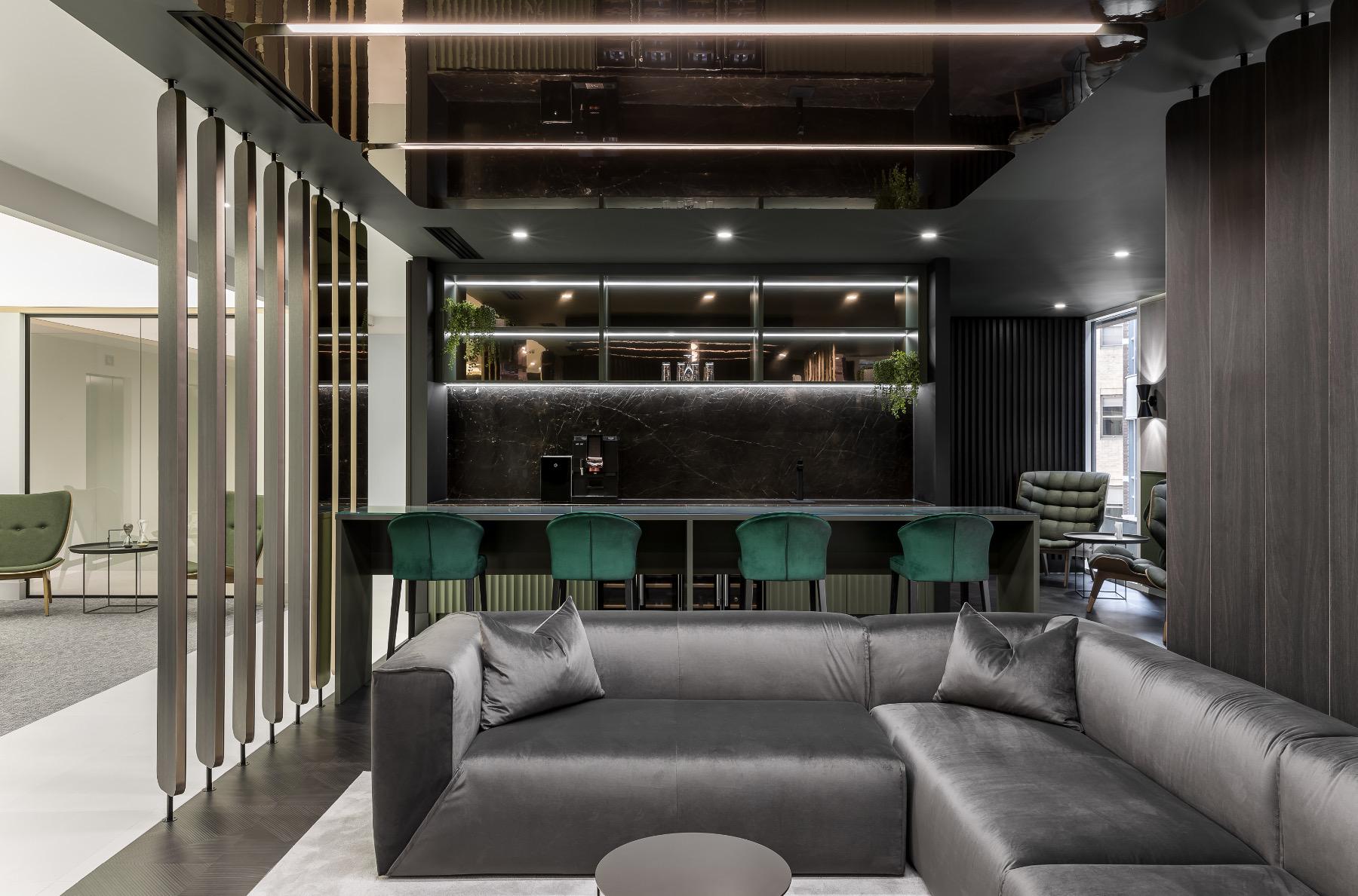 crowe-london-office-4