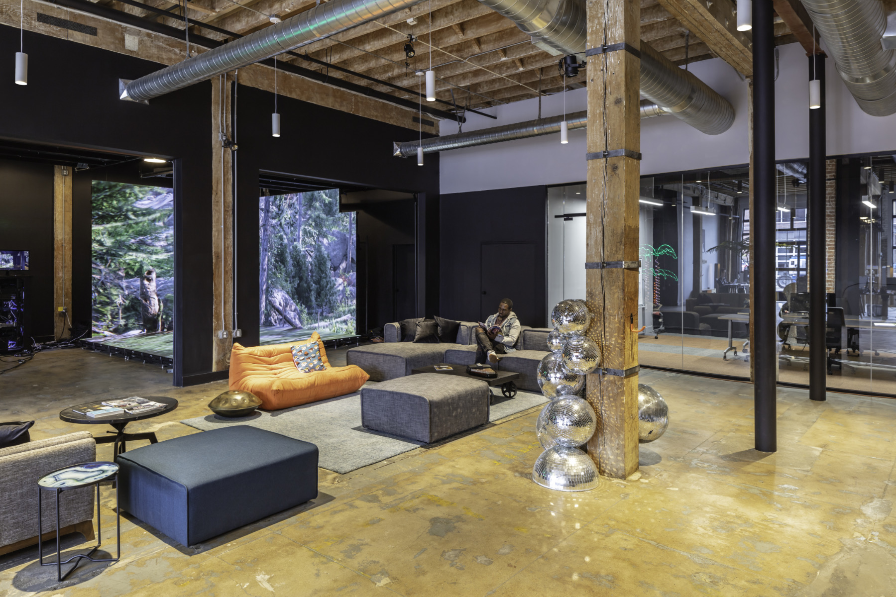 disguise-los-angeles-office-10