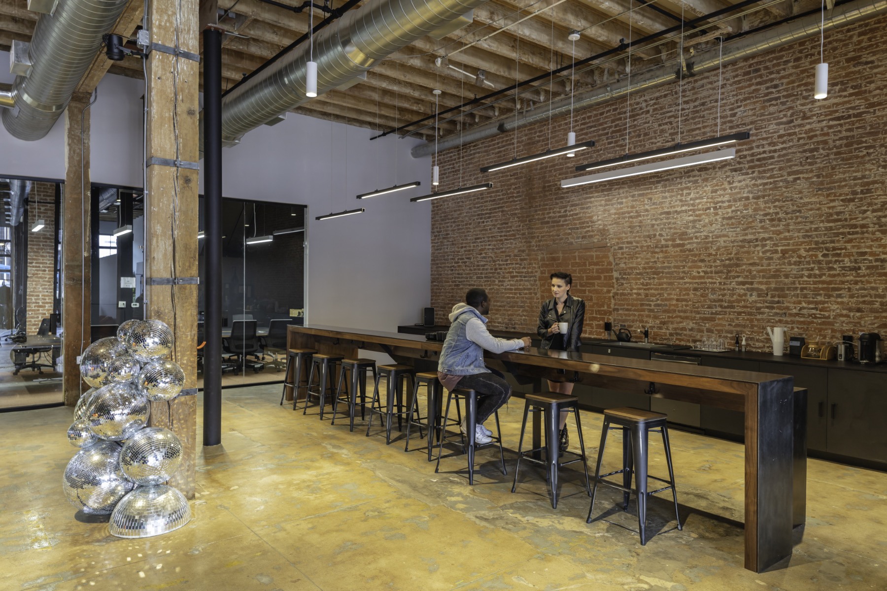 disguise-los-angeles-office-8