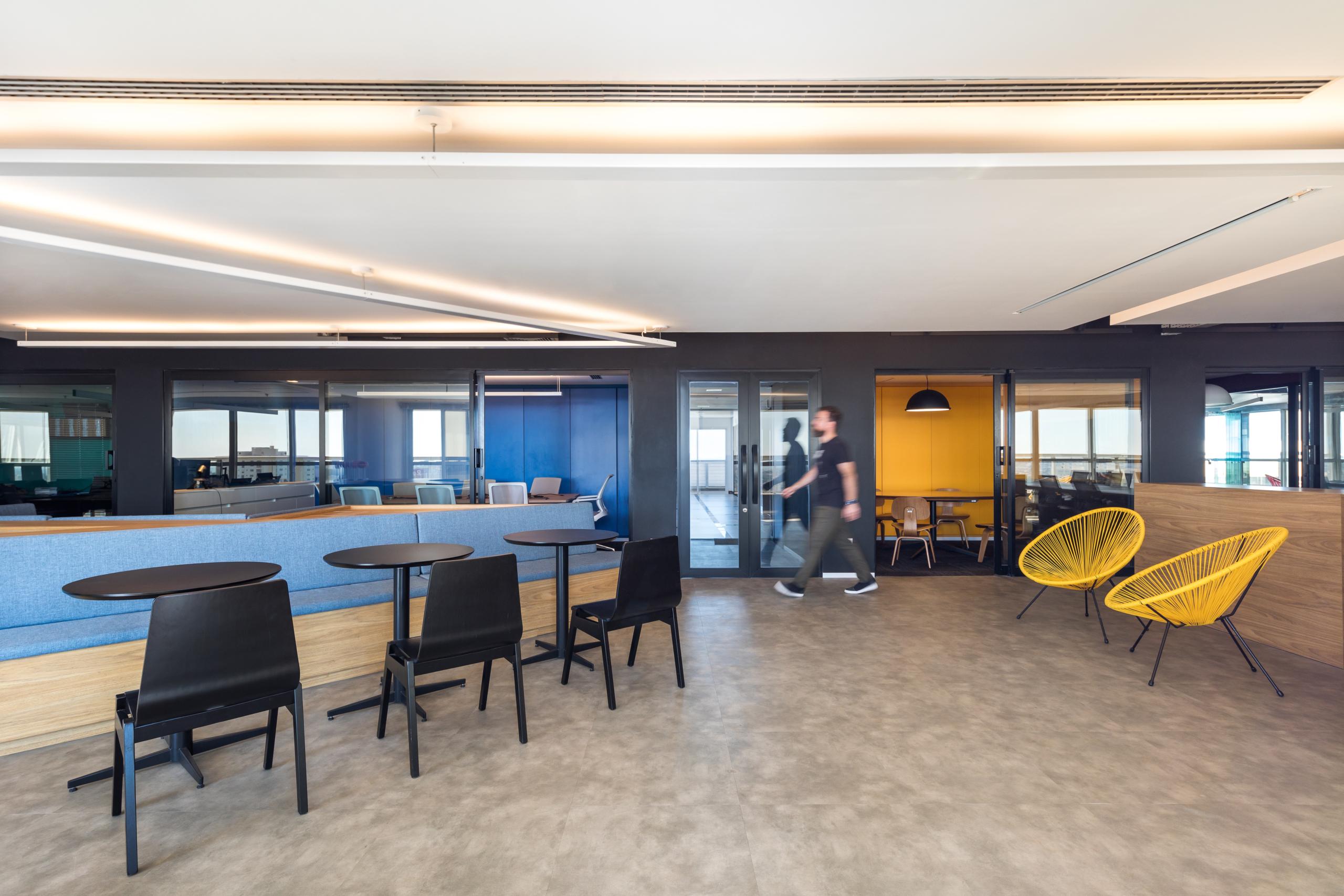 A Look Inside Senai's New Londrina Office