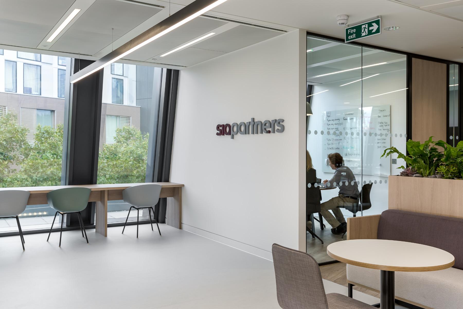 sia-partners-office-london-10
