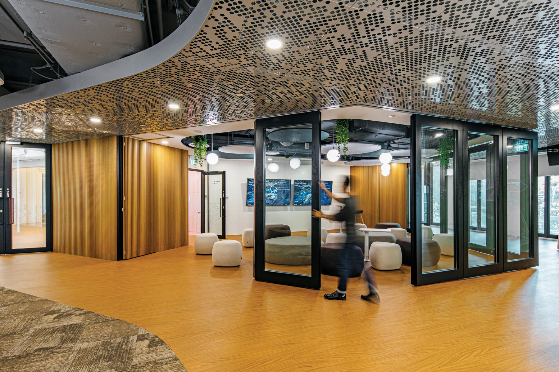 singapore-tourism-board-office-21
