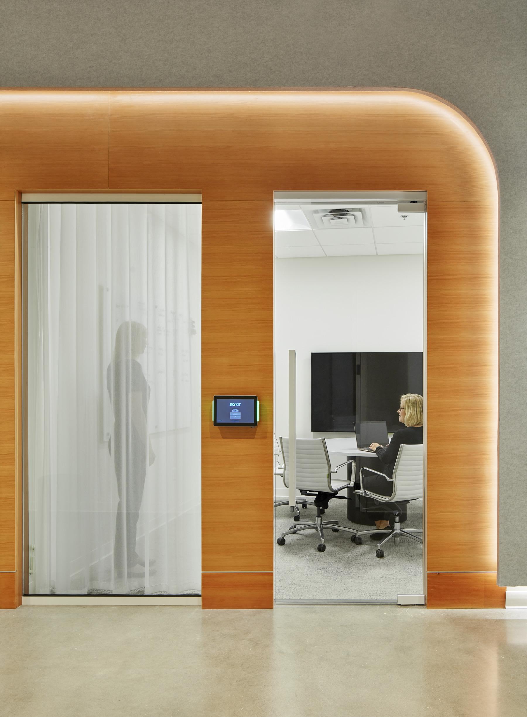 skykit-minneapolis-office-6