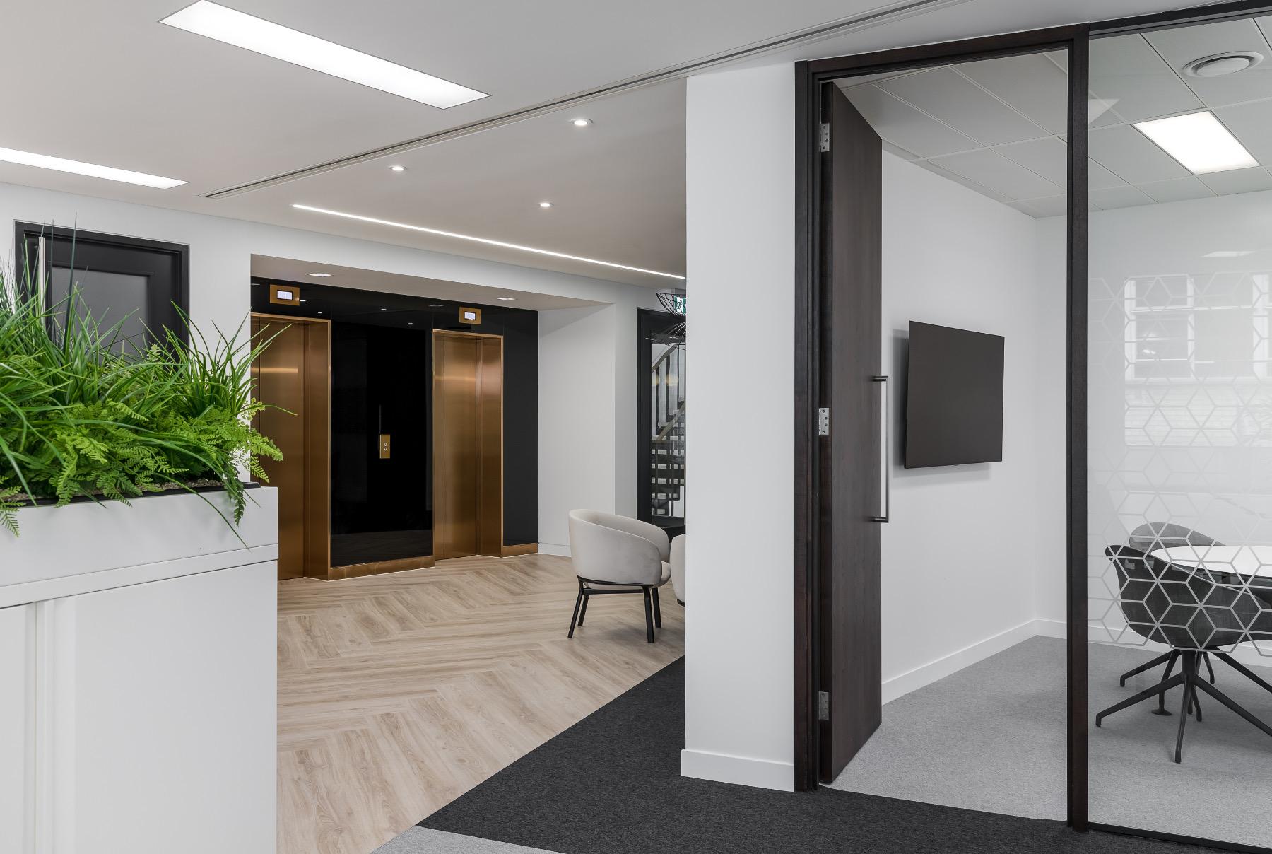 royal-london-office-1
