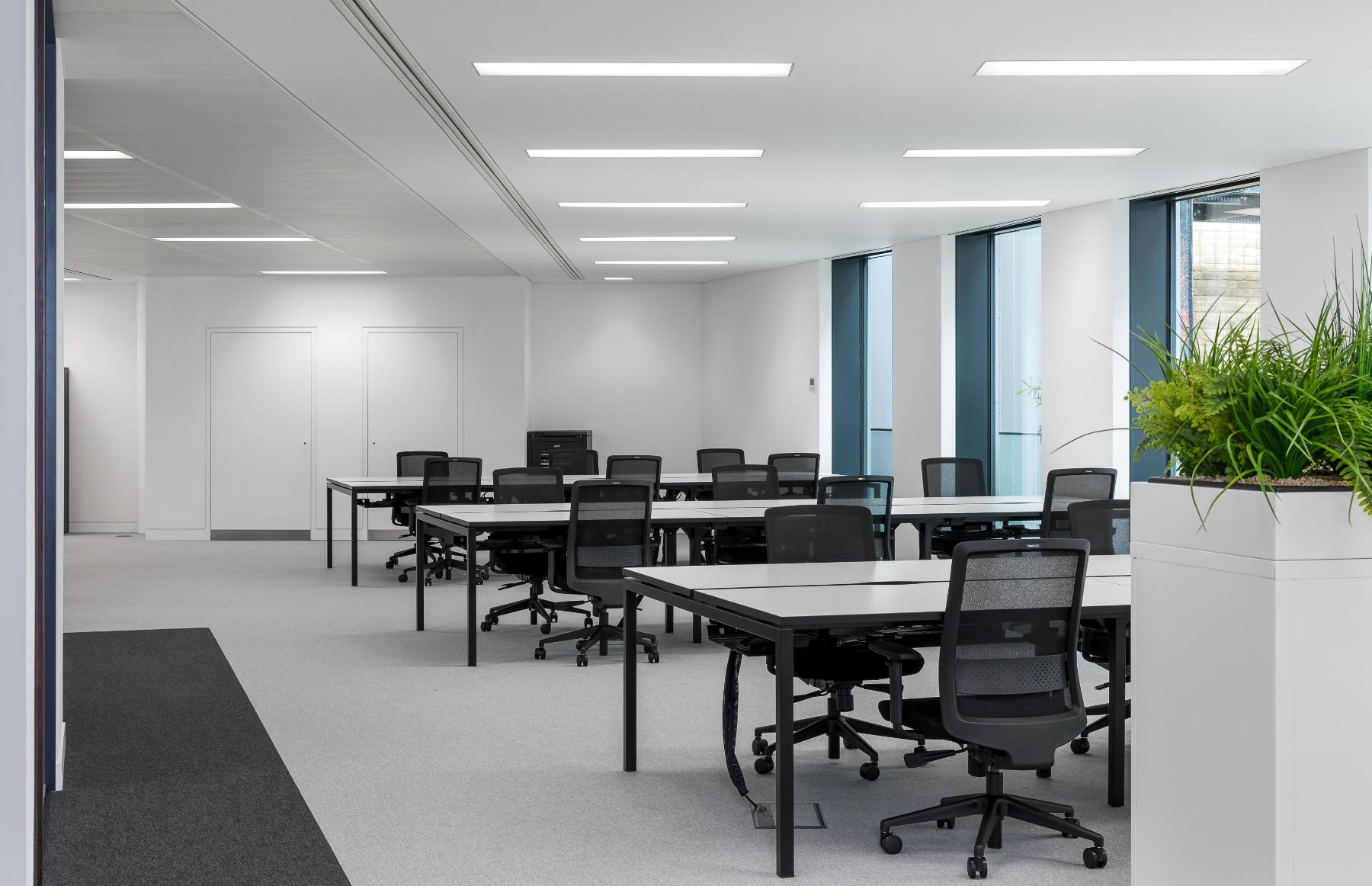 royal-london-office-10