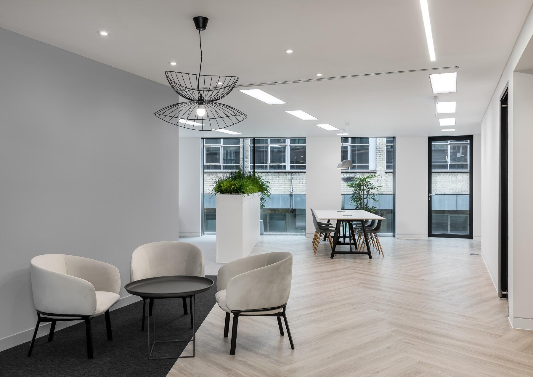 royal-london-office-4