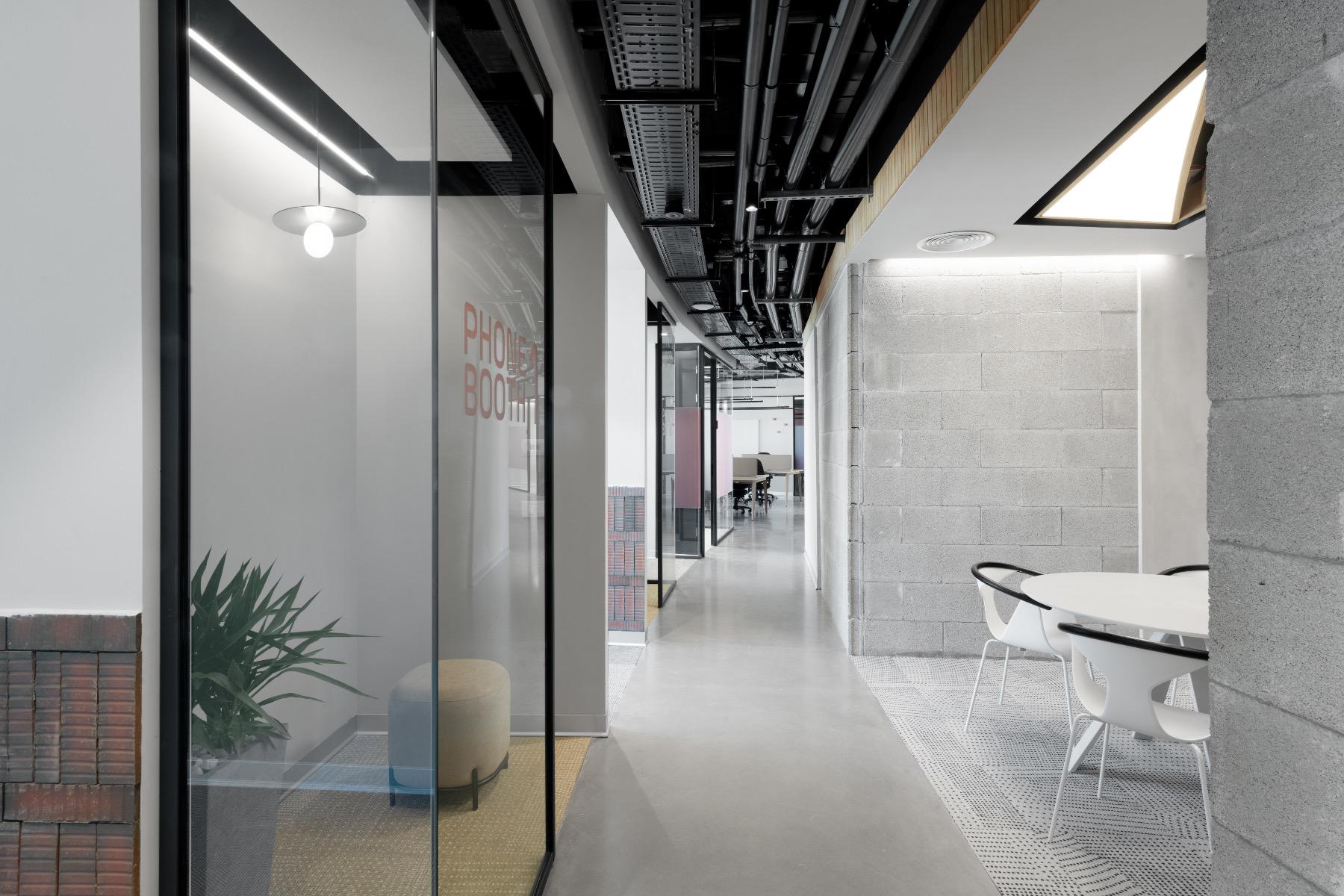 siemplify-tel-aviv-office-19