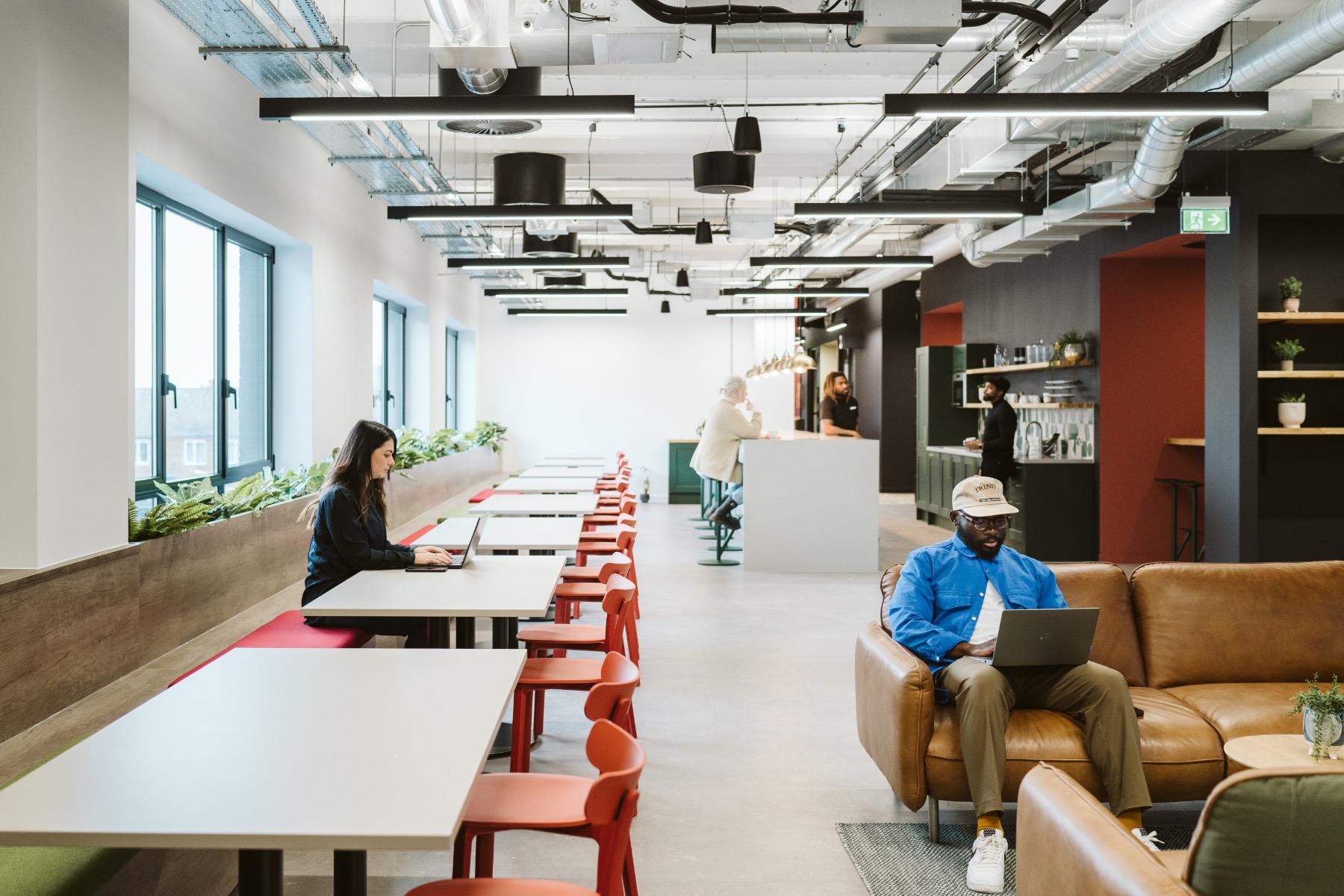 15-marketing-watford-office-1