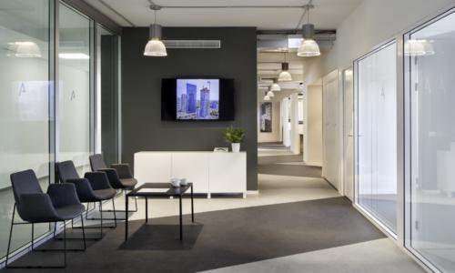 alum-eshet-office-1