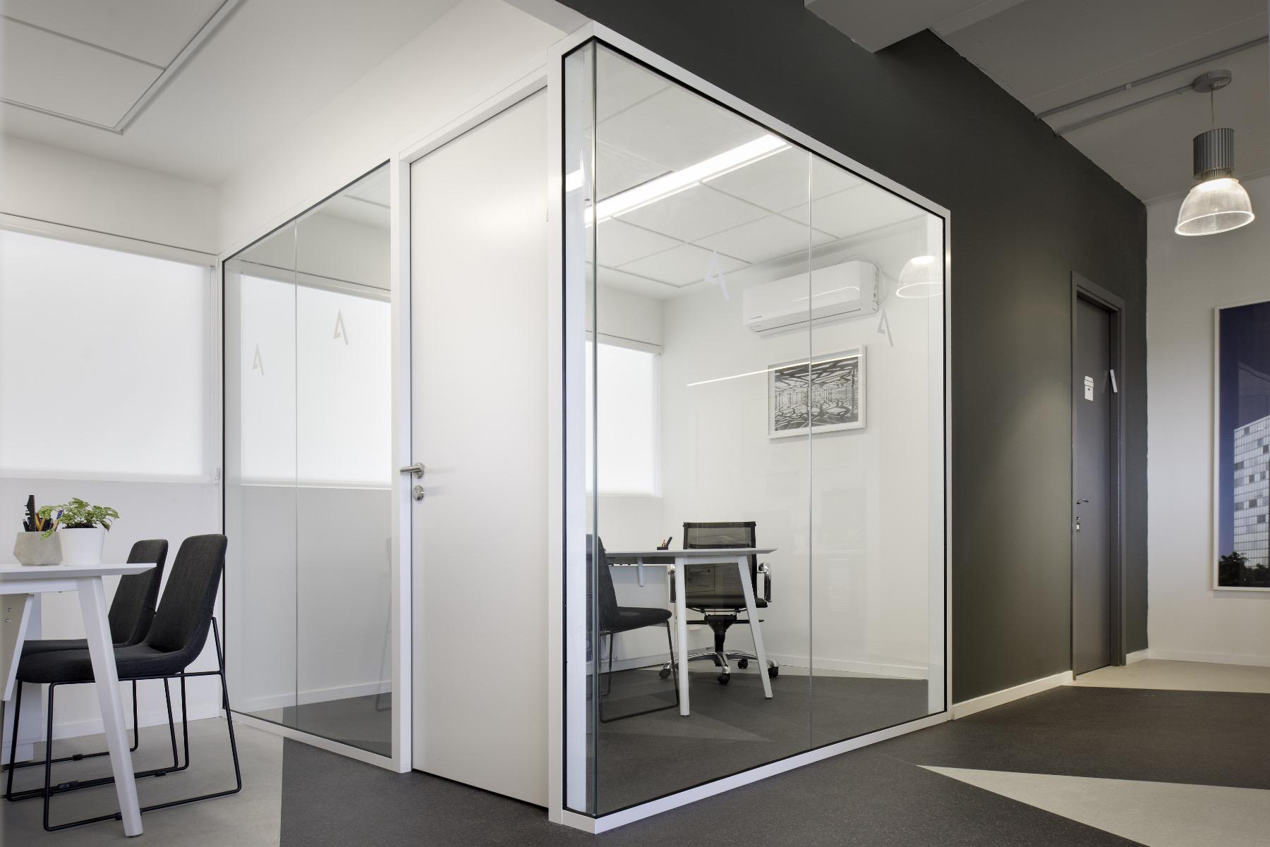 alum-eshet-office-6