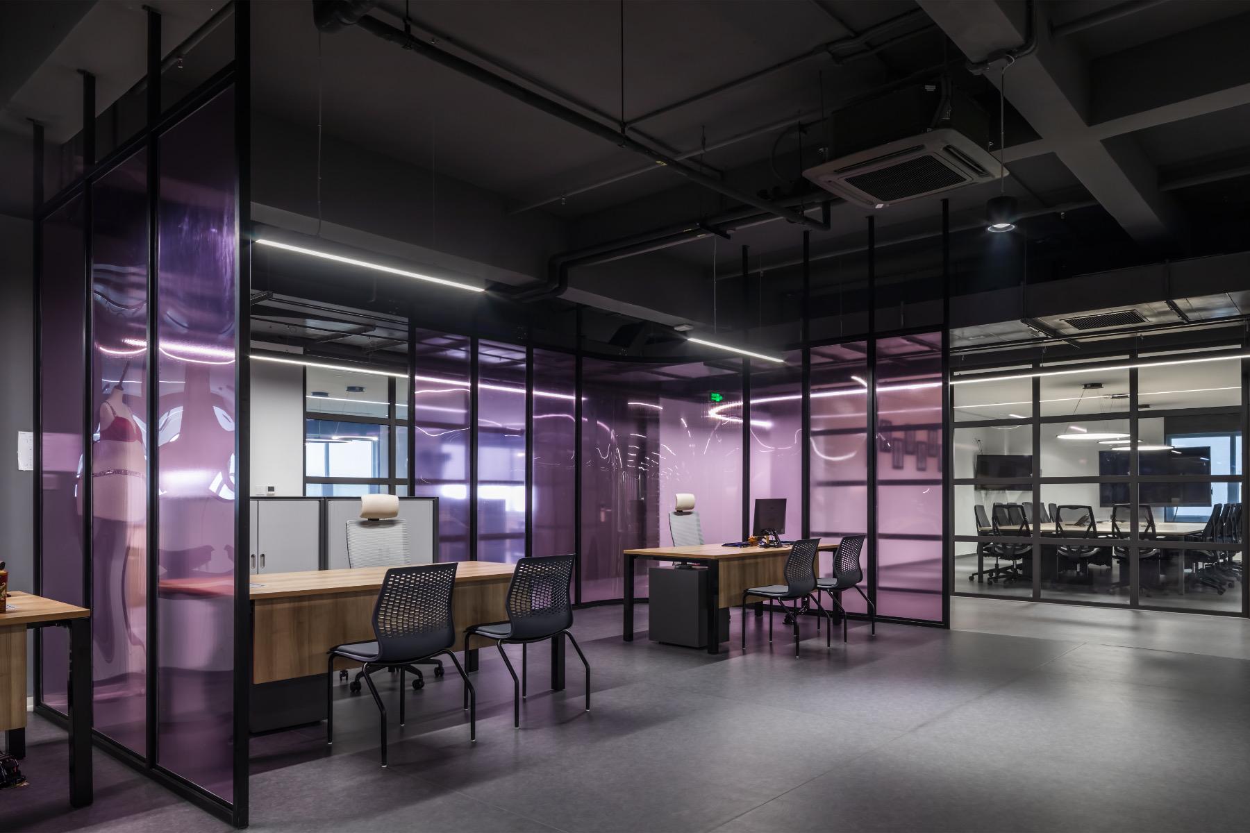 crystal-martin-vietnam-office-4