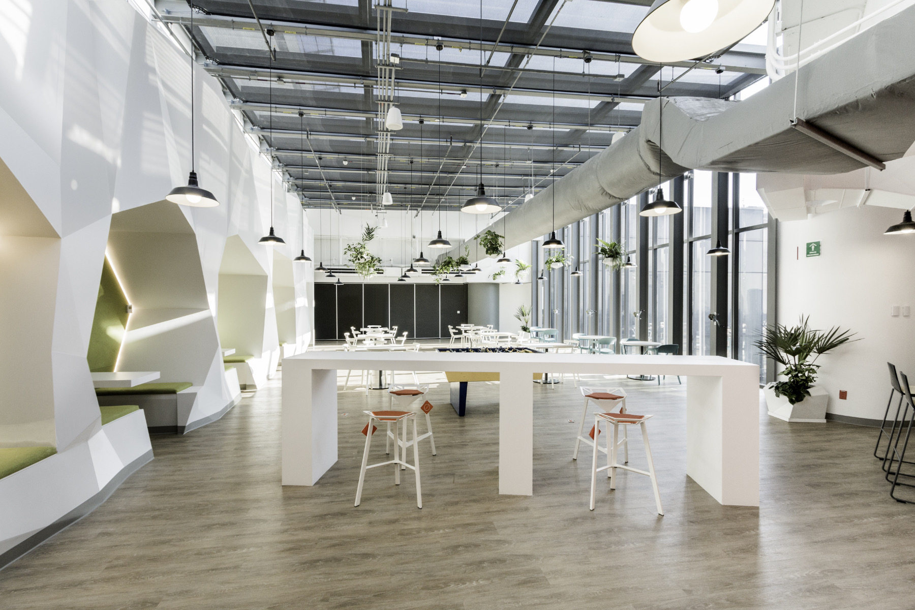 A Look Inside Dupont's Mexico City Office