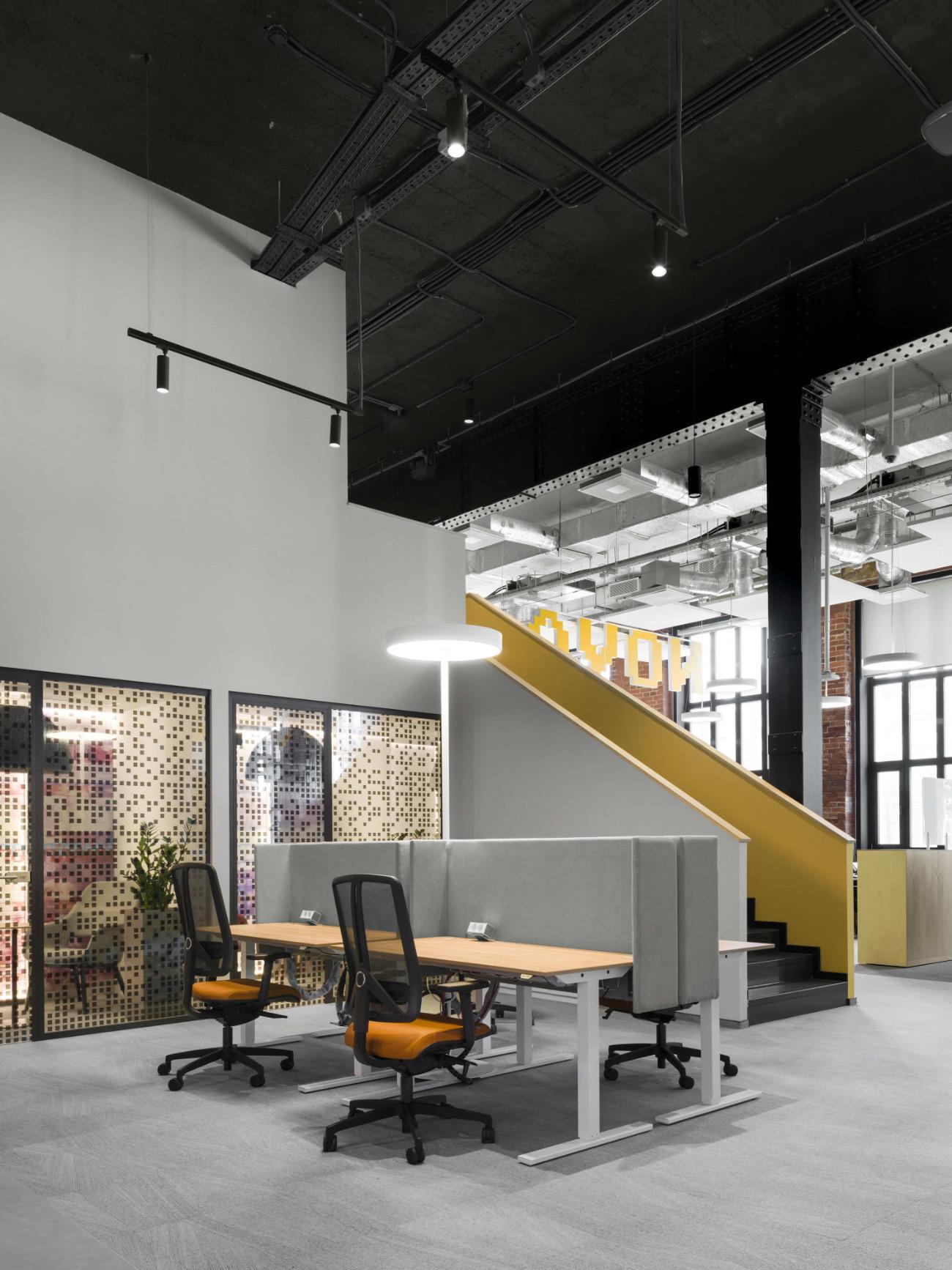 A Look Inside Raiffeisen's New Omsk Office