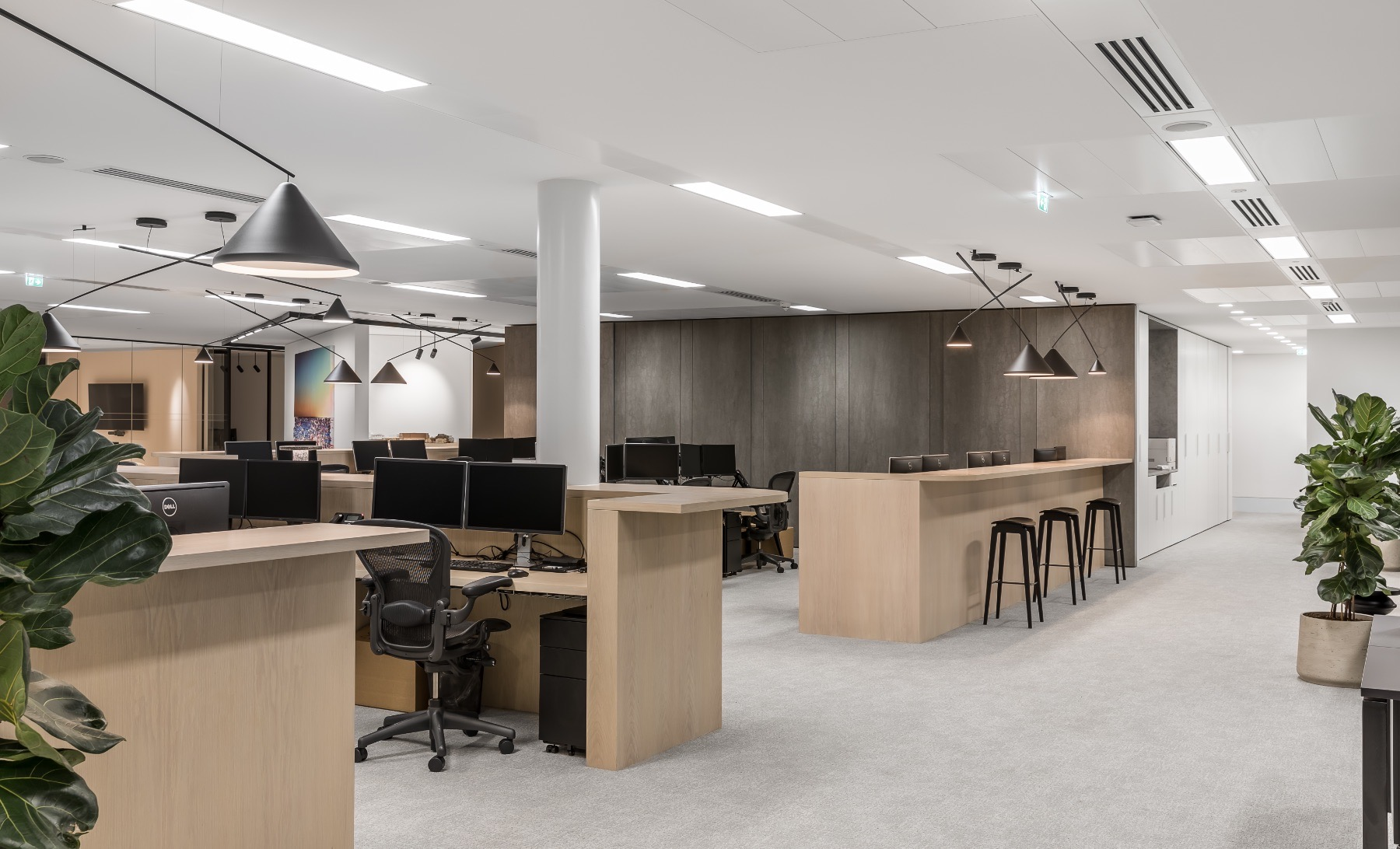 real-estate-firm-london-office-9