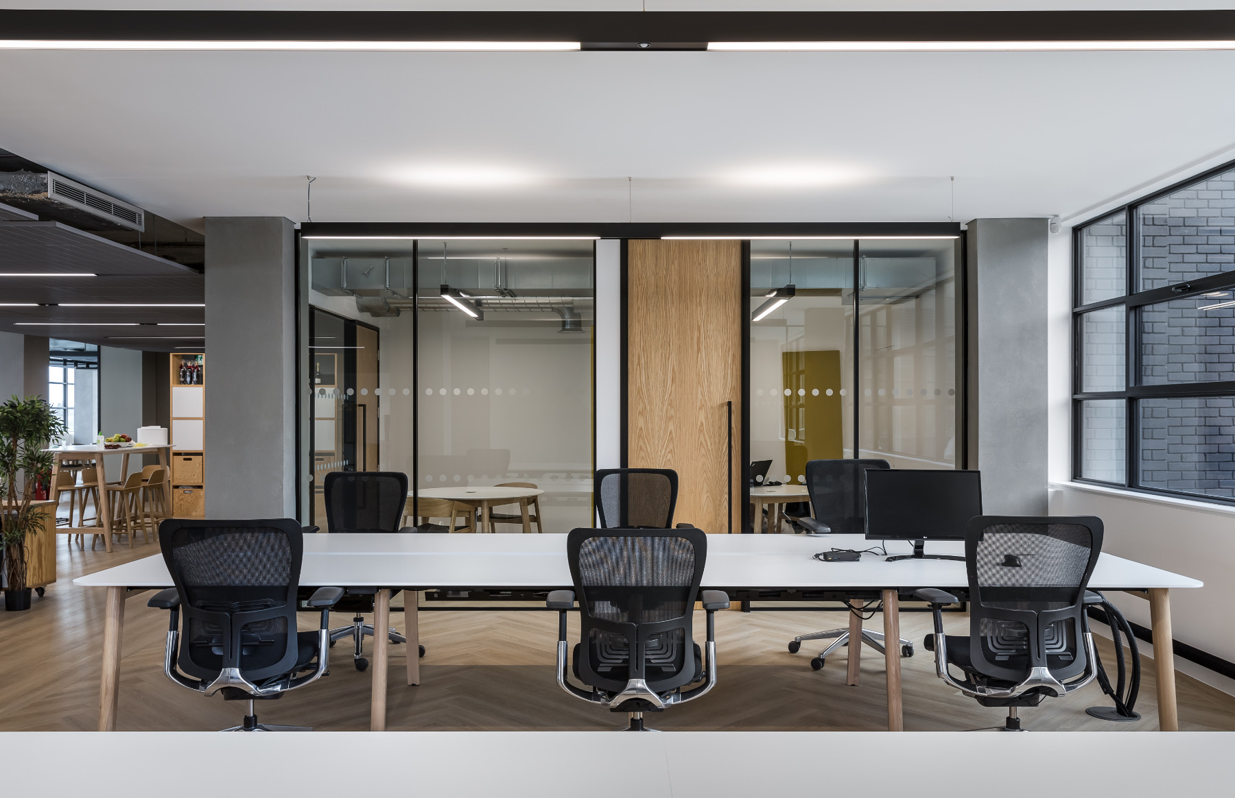 mccglc-london-office-9