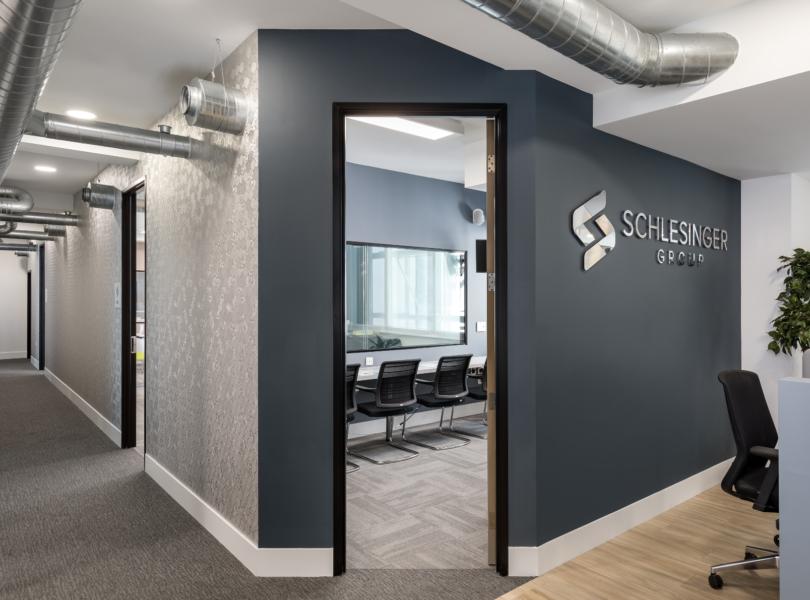 schlesinger-office-2